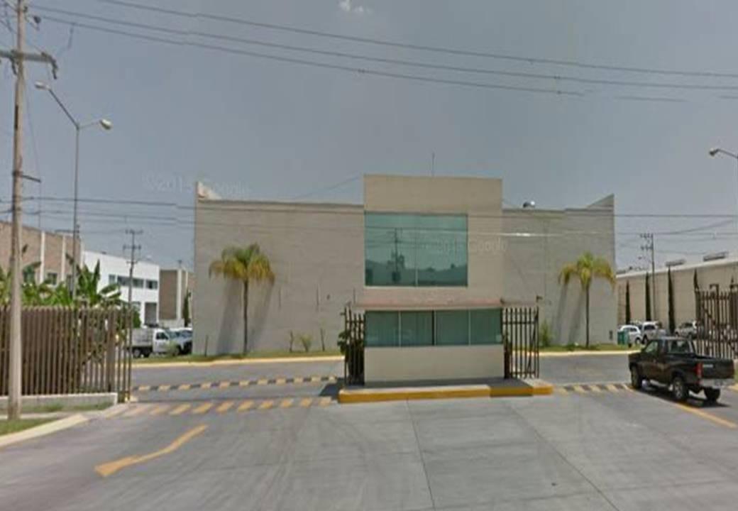 bodega renta 1,000 m2  lazaro cardenas alamo industrial jal mx