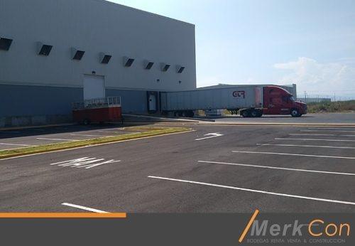 bodega renta 4500 m2 oficinas subestación  patio de maniobras acatlan de juarez jalisco mexico