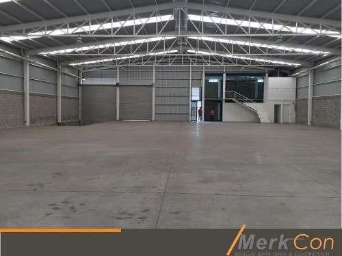 bodega renta 870 m2 c/anden parque industrial rumbo aeropuerto silao, gto., méx.