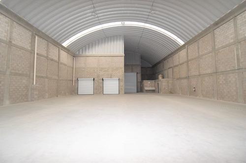 bodegas de 5600 m2