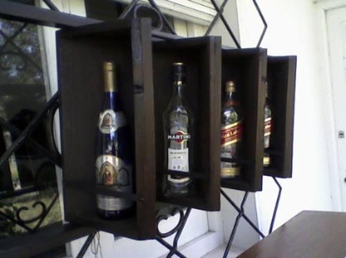 bodeguita aérea para whisky, vinos y licores