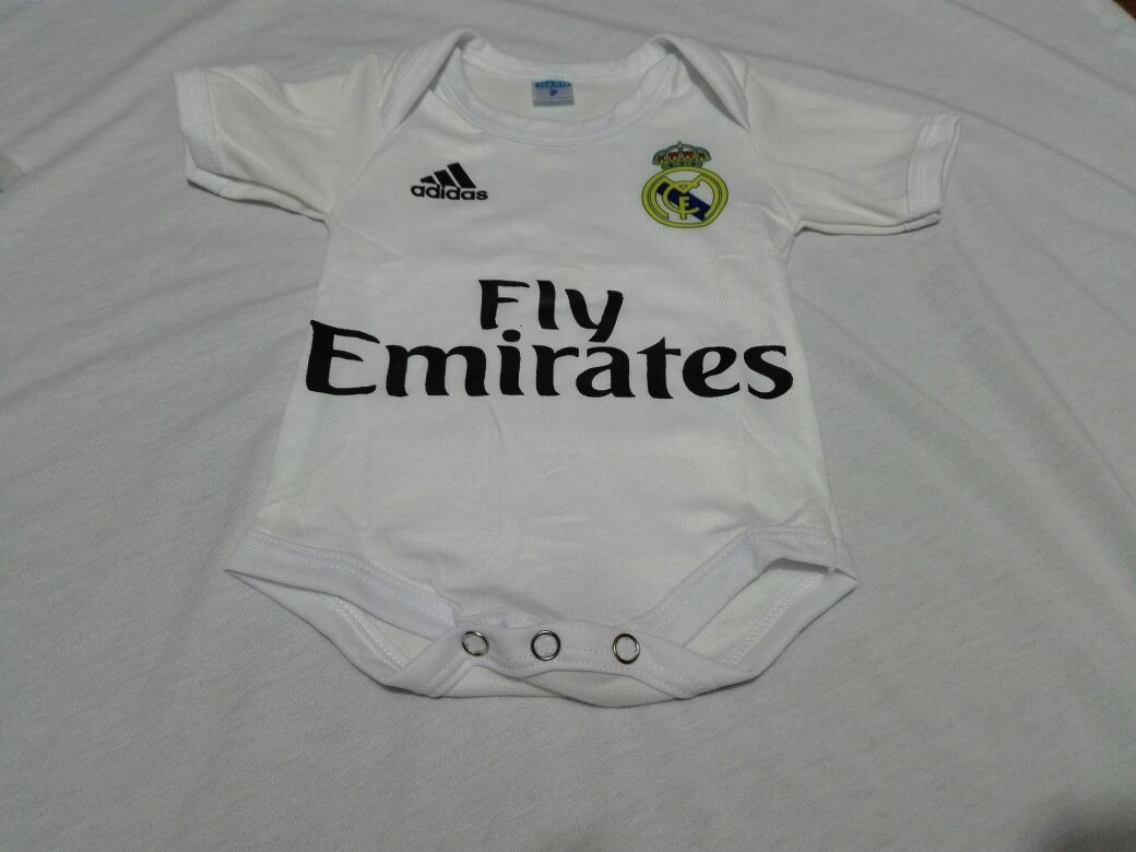 d0c848a563fe2 Body Camiseta Mameluco Bebe Real Madrid 2018 -   28.000 en Mercado Libre
