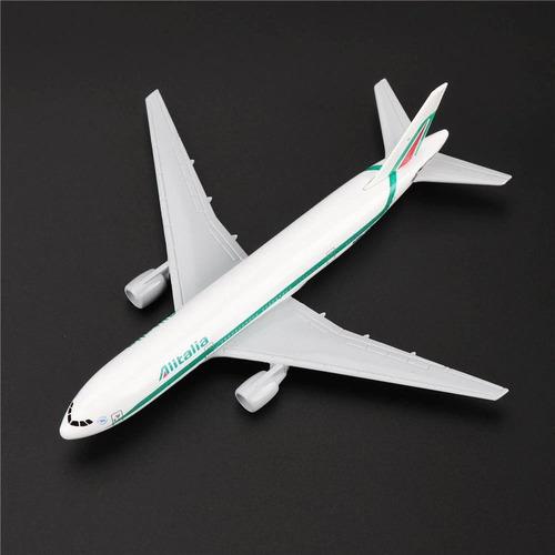 boeing 777 avión de alitalia, escala 1:400