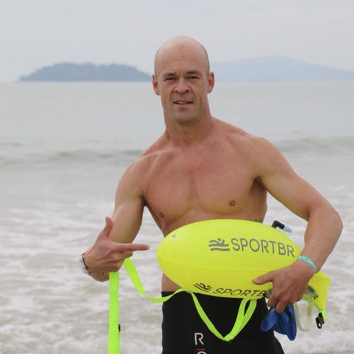 bóia e sinalizador para natação em mar aberto sportbr