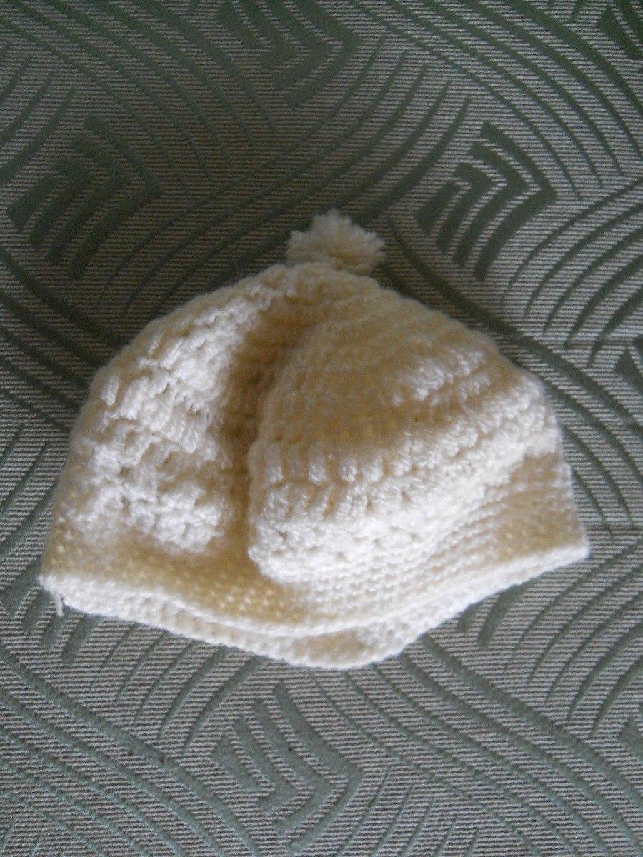 boina de lana tejida al crochet para mujer color blanco. Cargando zoom. f2e7119a081
