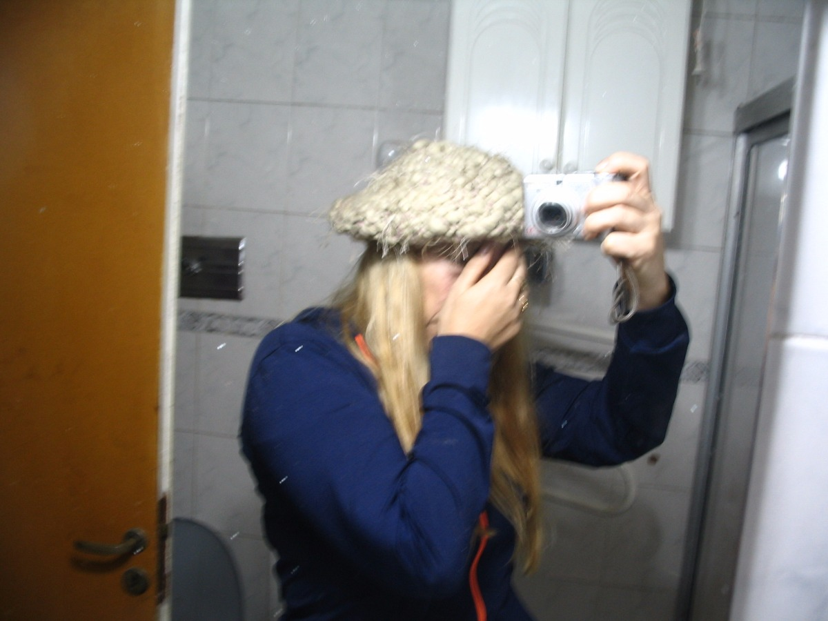 Boina De Mujer Con Caida Tejida A Mano Lana Gruesa Divina -   199 e9595d11d57