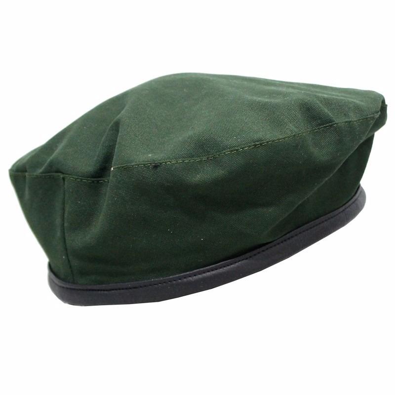 boina estilo militar verde tecido 100% poliéster. Carregando zoom. 89a7f3e03d9
