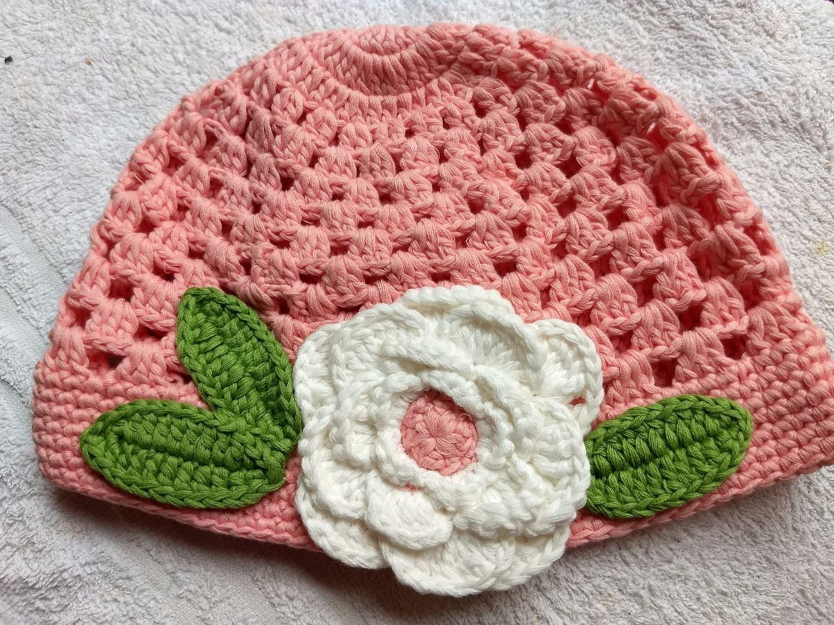 boina touca gorro chapéu crochê feminino rosa + flor branca. Carregando  zoom... boina touca chapéu feminino. Carregando zoom. 571ca021927
