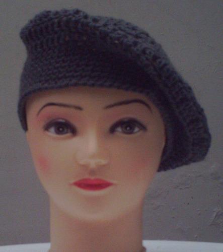 boinas para escolares, a crochet.