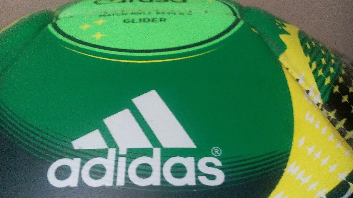 bola adidas cafusa oficial copa confederações 2013 brasil. Carregando zoom. 794f03d776364