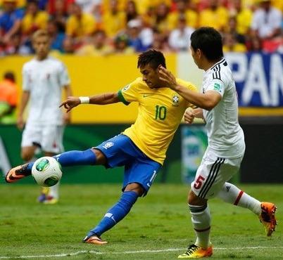 Bola adidas Cafusa Oficial Da Copa Das Confederações 2013 - R  479 ... 281b5b2e7ede7