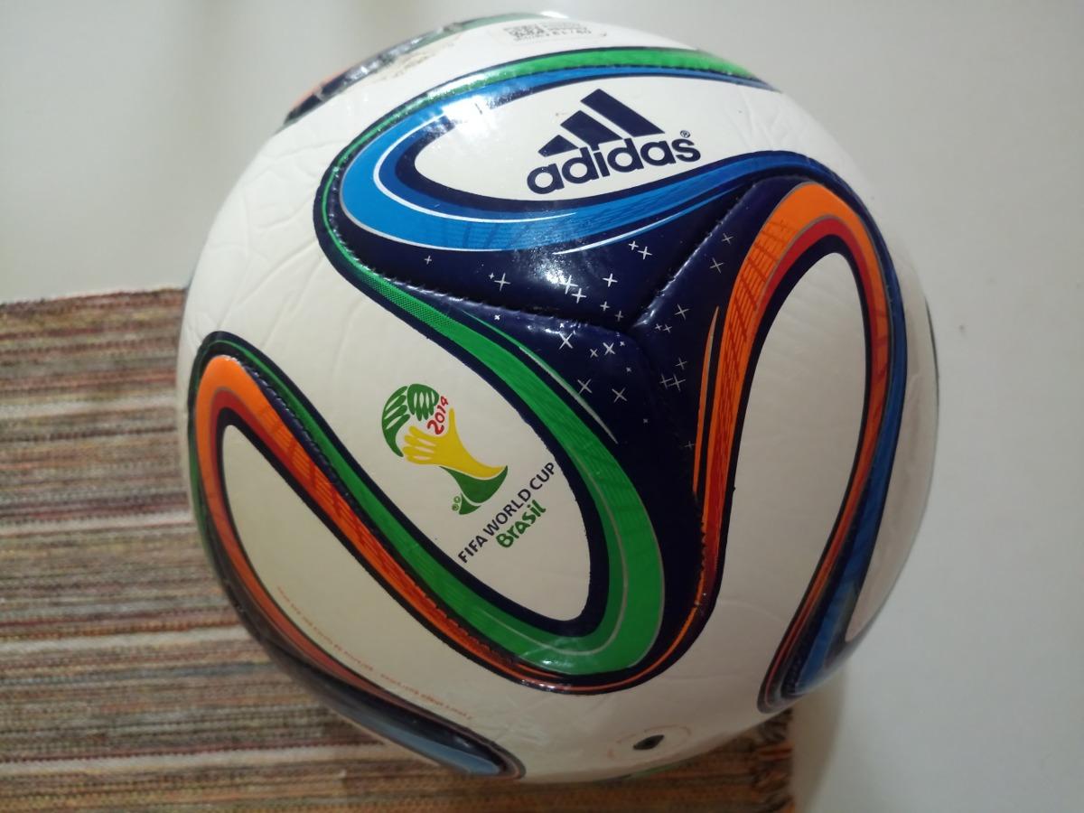 6b25539422 Bola Brazuca Glider Final Rio Copa do Mundo da FIFA 2014