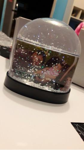 bola de agua con  nieve personalizada