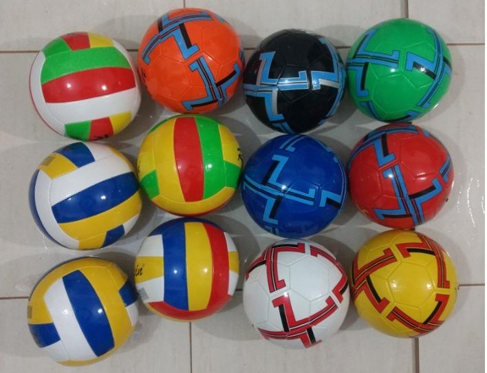 Bola De Futebol De Campo - R  13 3b02d3dd53e9f