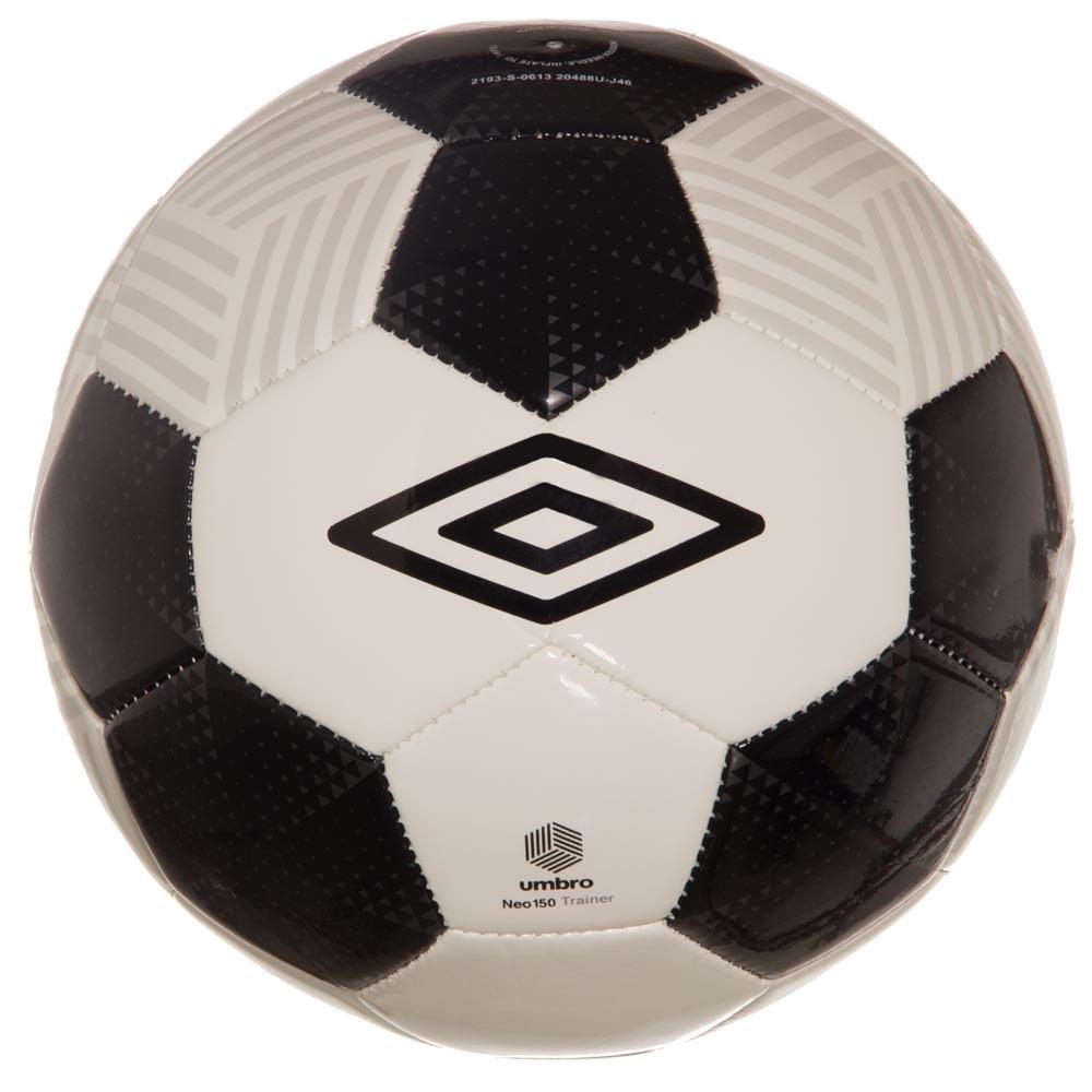 7862e404d8 bola de futebol de campo umbro neo trainer. Carregando zoom.