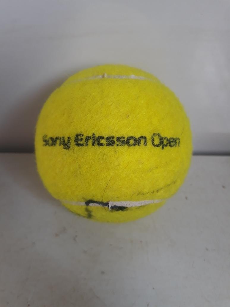 Bola De Tenis Autografada Por Andy Murray Em 2009 R 79900 Tennis Carregando Zoom
