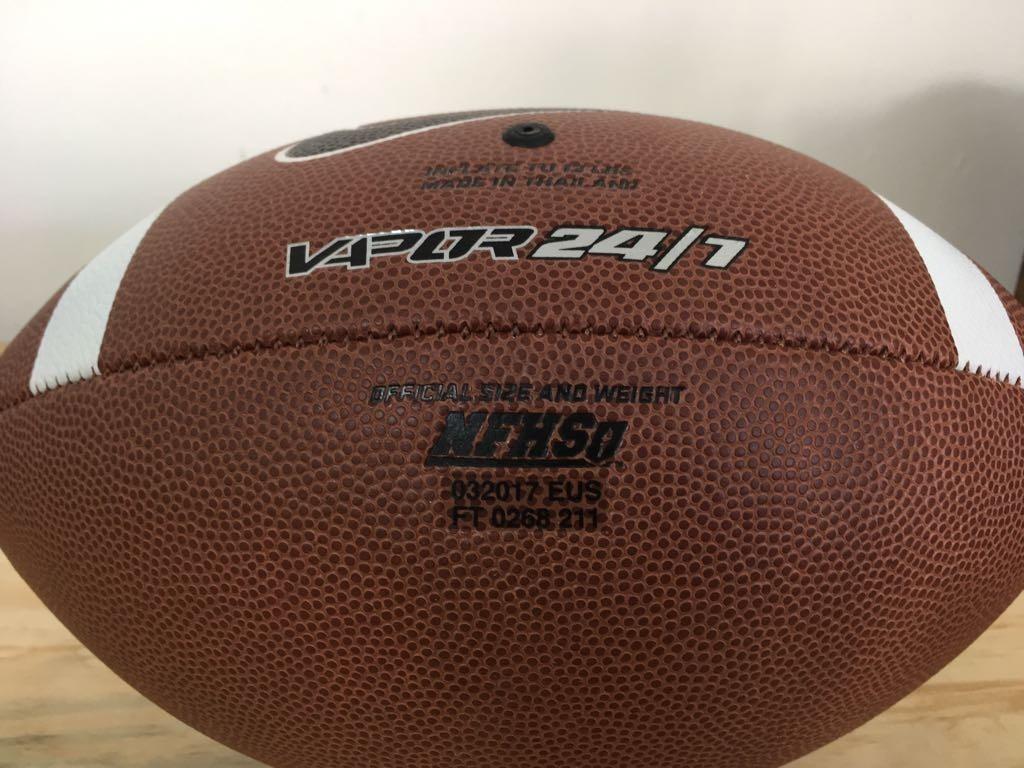 Bola Futebol Americano Nike Vapor 24 7 Oficial Nova - R  39 620ac6deb2355