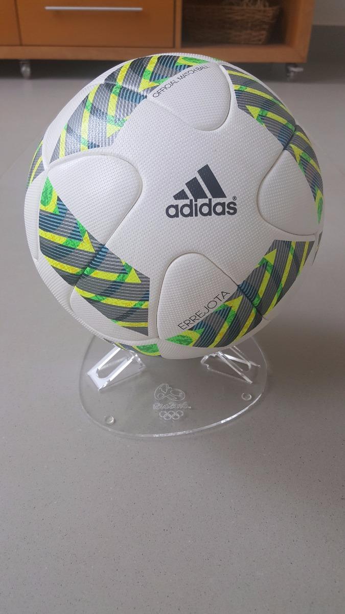 7202ca726fbbc bola futebol official usada olímpiadas rio 2016 com suporte. Carregando  zoom.