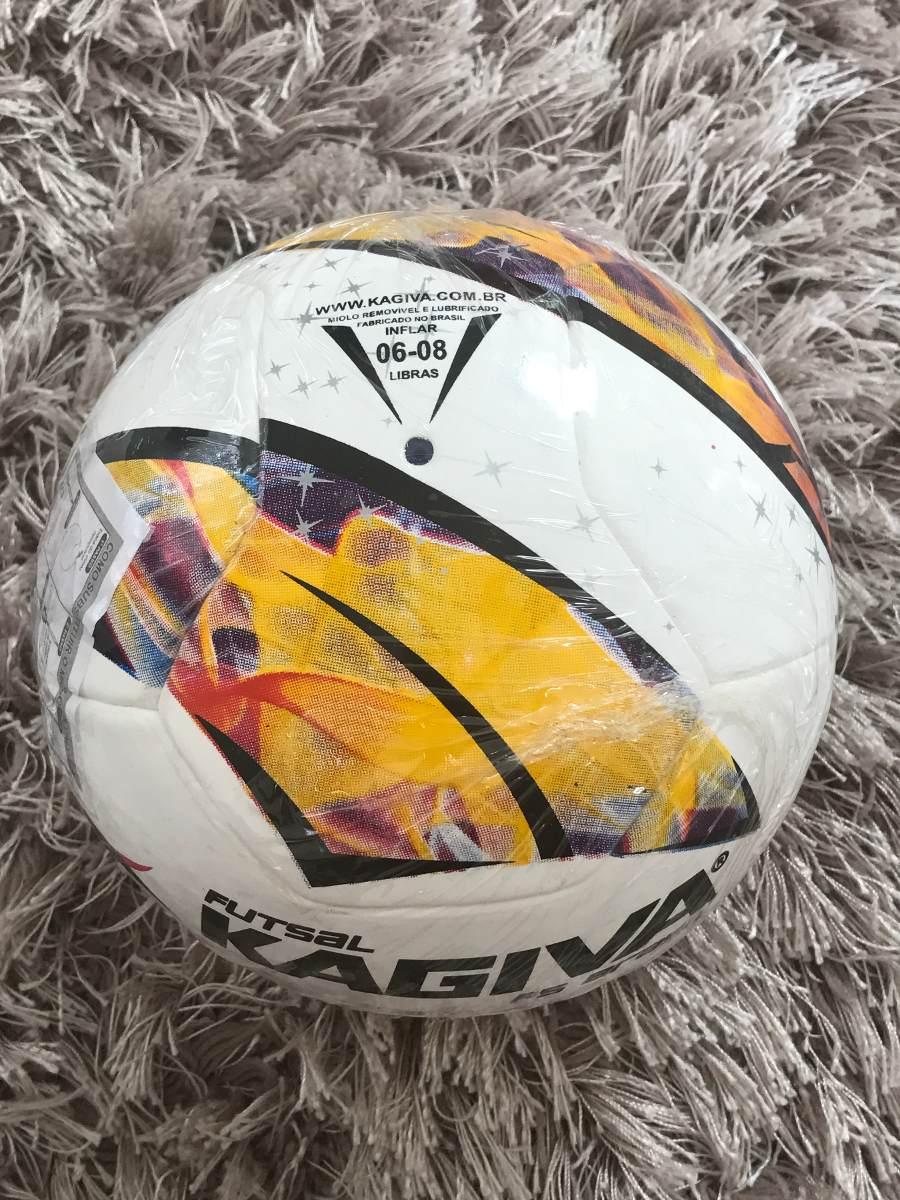 Bola De Futsal Kagiva F5 Brasil - Oficial - R  154 7f3414eb89b22
