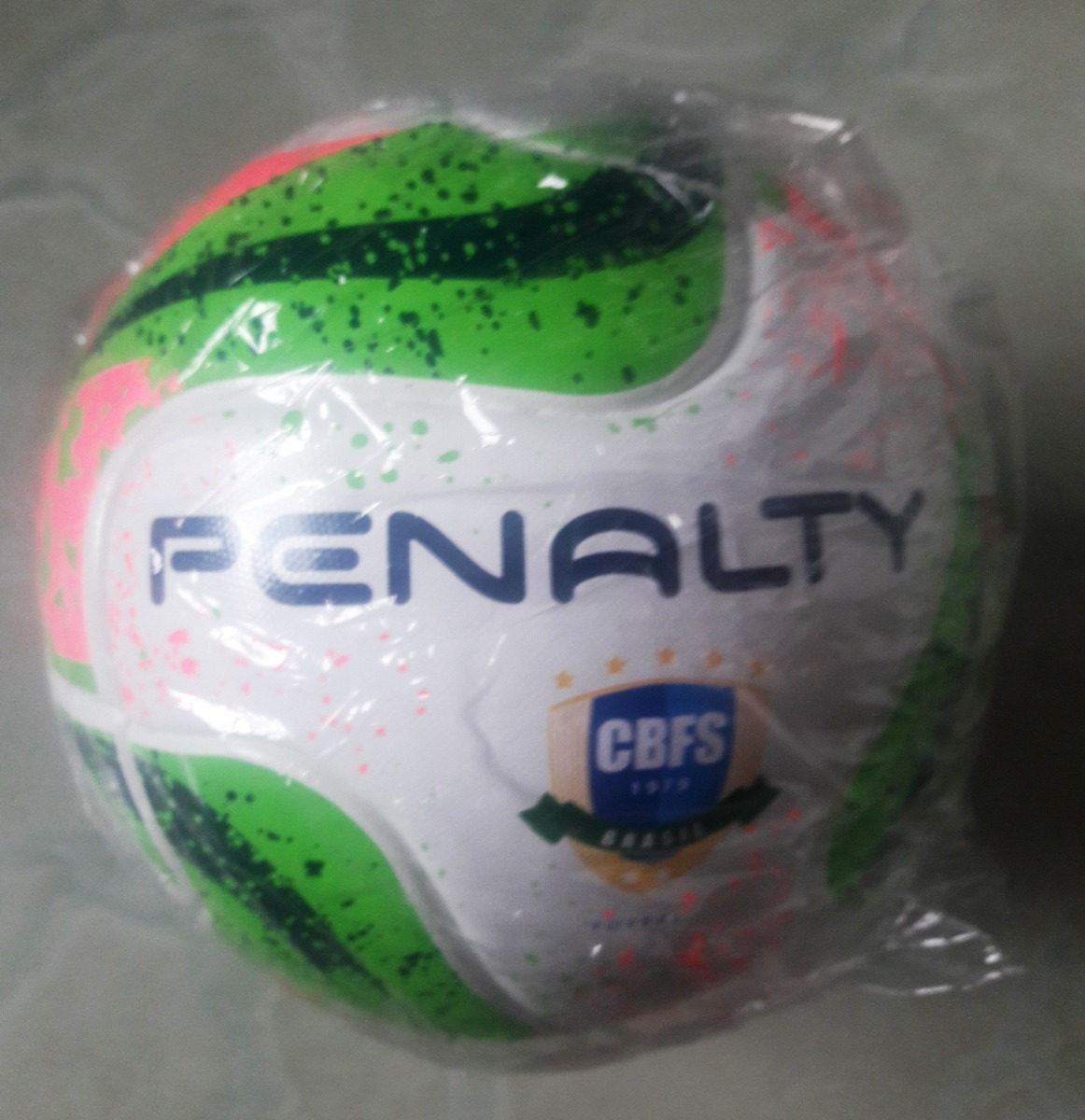 afdd0e82db3a9 bola futsal penalty max 200 sub 13 - oficial e original. Carregando zoom.