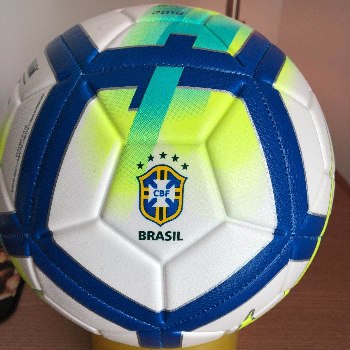 72e19c05b5f28 bola nike campeonato brasileiro oficial 2018 original. Carregando zoom.