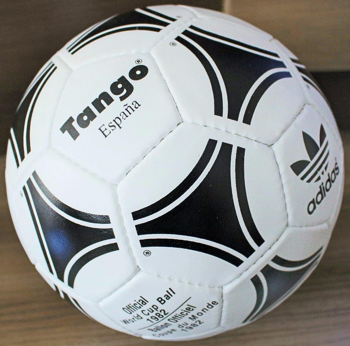 Bola Oficial De Jogo adidas Tango Copa Da Espanha 1982 - R  1.390 64bae74b3c0ba