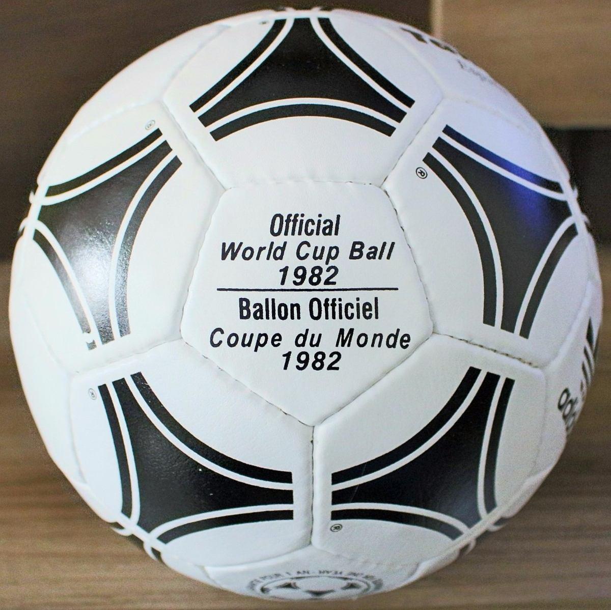 57fad1367ba49 bola oficial de jogo adidas tango copa da espanha 1982. Carregando zoom.