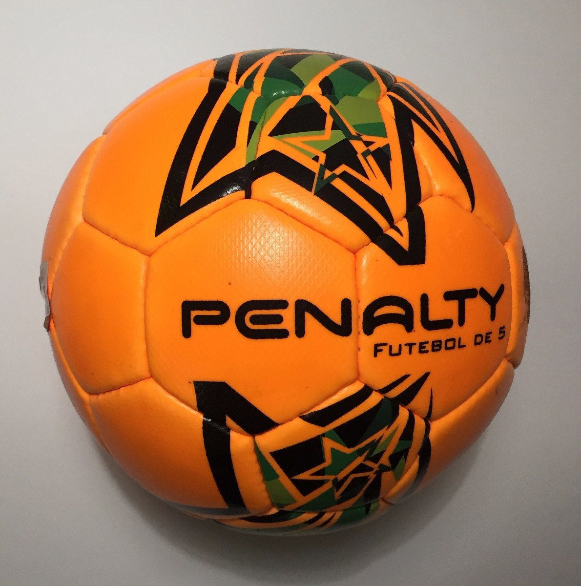 63ba7c099b bola penalty guizo 4 futsal - bola para futebol de 5. Carregando zoom.