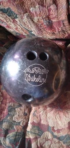 bolas de bowling de 18 y 16 libras. usadas