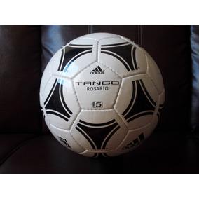 ea6d4c480ac45 Bola De Futebol Adidas Tango Copa Do Mundo Decada De 80 - Bolas de Futebol  no Mercado Livre Brasil
