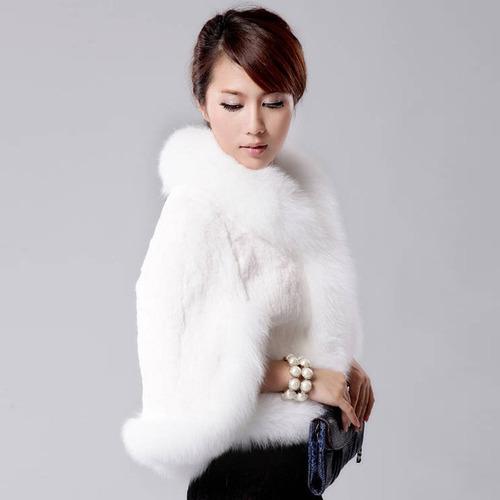 bolero chaqueta capa imitación piel blanco