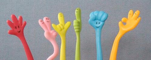 bolígrafo c/forma de mano colores variados