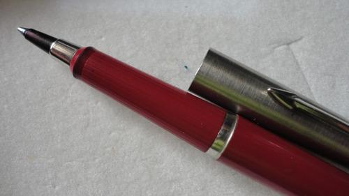 bolígrafo parker. made in usa. combinada acero y rojo.