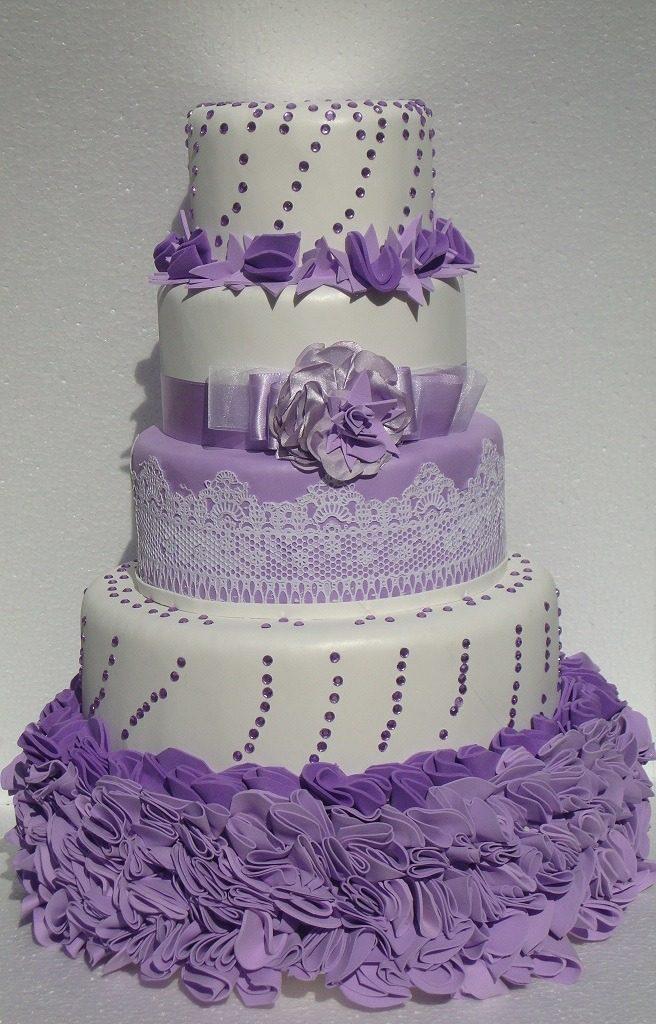 Bolo Fake Lilás Com Branco Casamento E Aniversário R 23000 Em