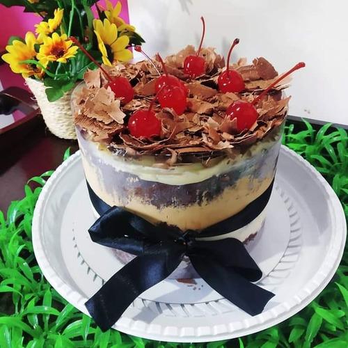 bolo festa por encomenda