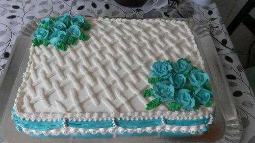 bolos e doces para festas