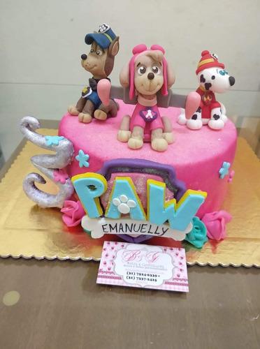 bolos e doces personalizados.