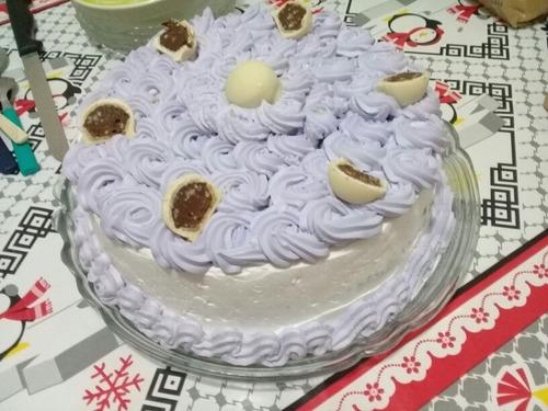 bolos e doces pra festa e eventos