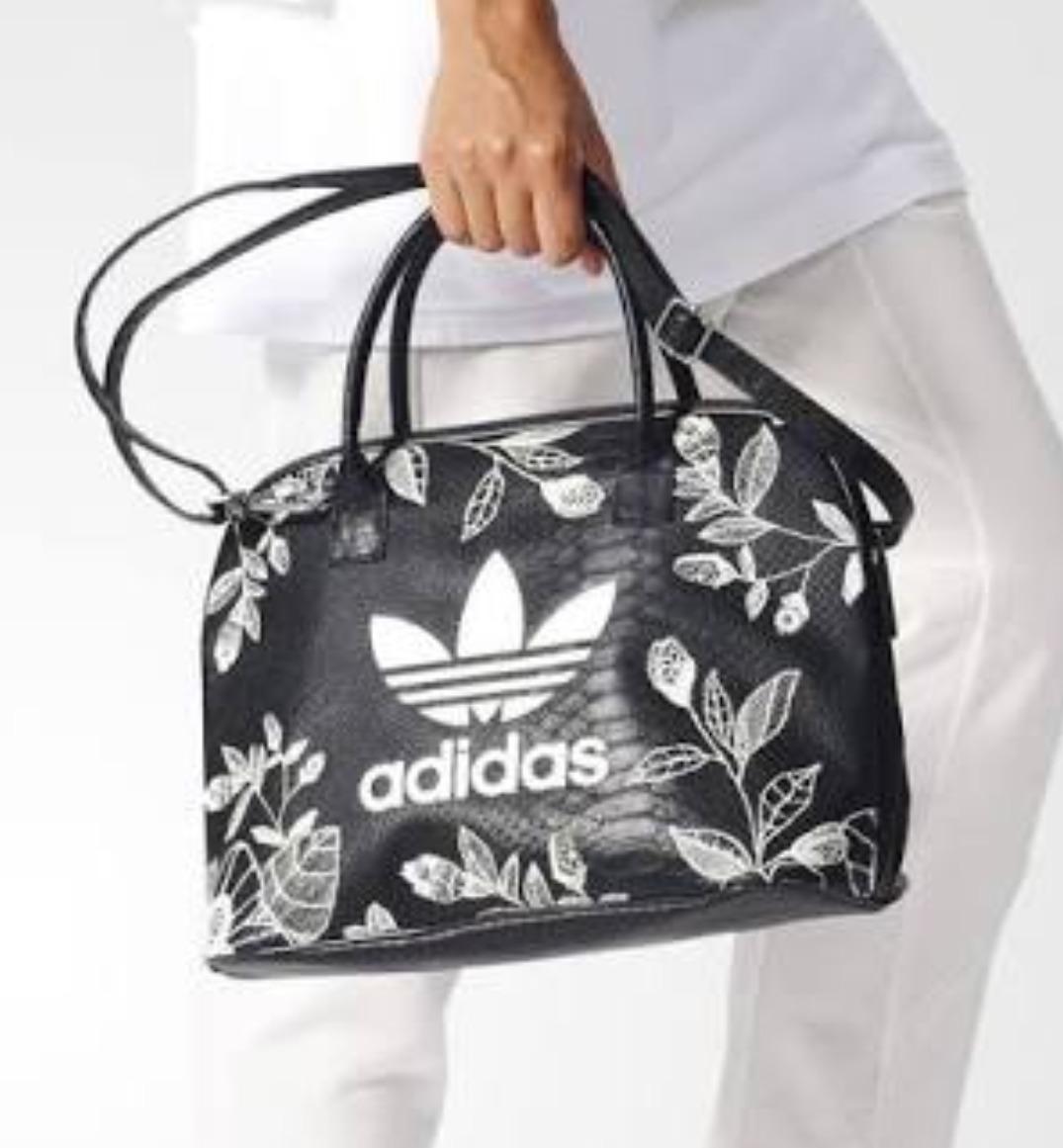 ec752553b Bolsa adidas Farm - R$ 209,00 em Mercado Livre
