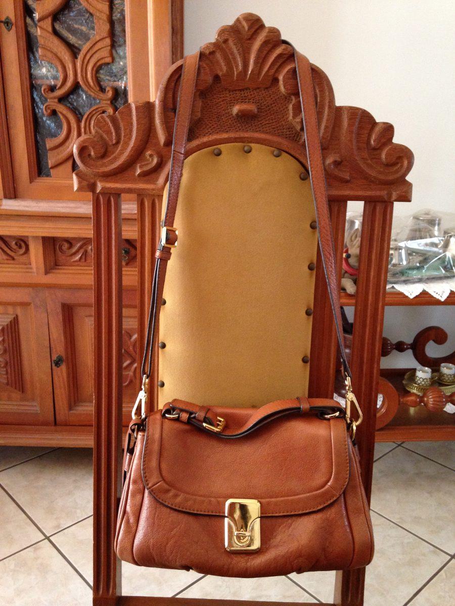 c6115a87c bolsa arezzo couro legítimo caramelo média alça removível. Carregando zoom...  bolsa arezzo couro alça. Carregando zoom.