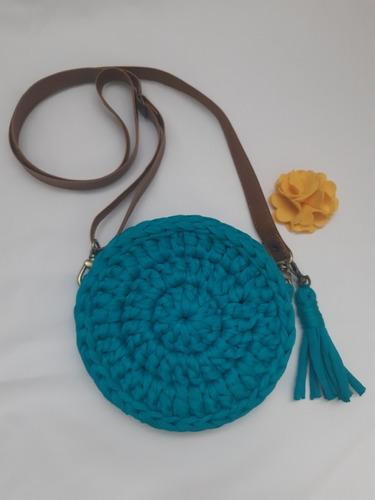 bolsa artesanal em crochê redonda