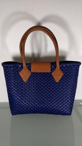 bolsa artesanal plástico tejido asas piel azul med. 31x40x14