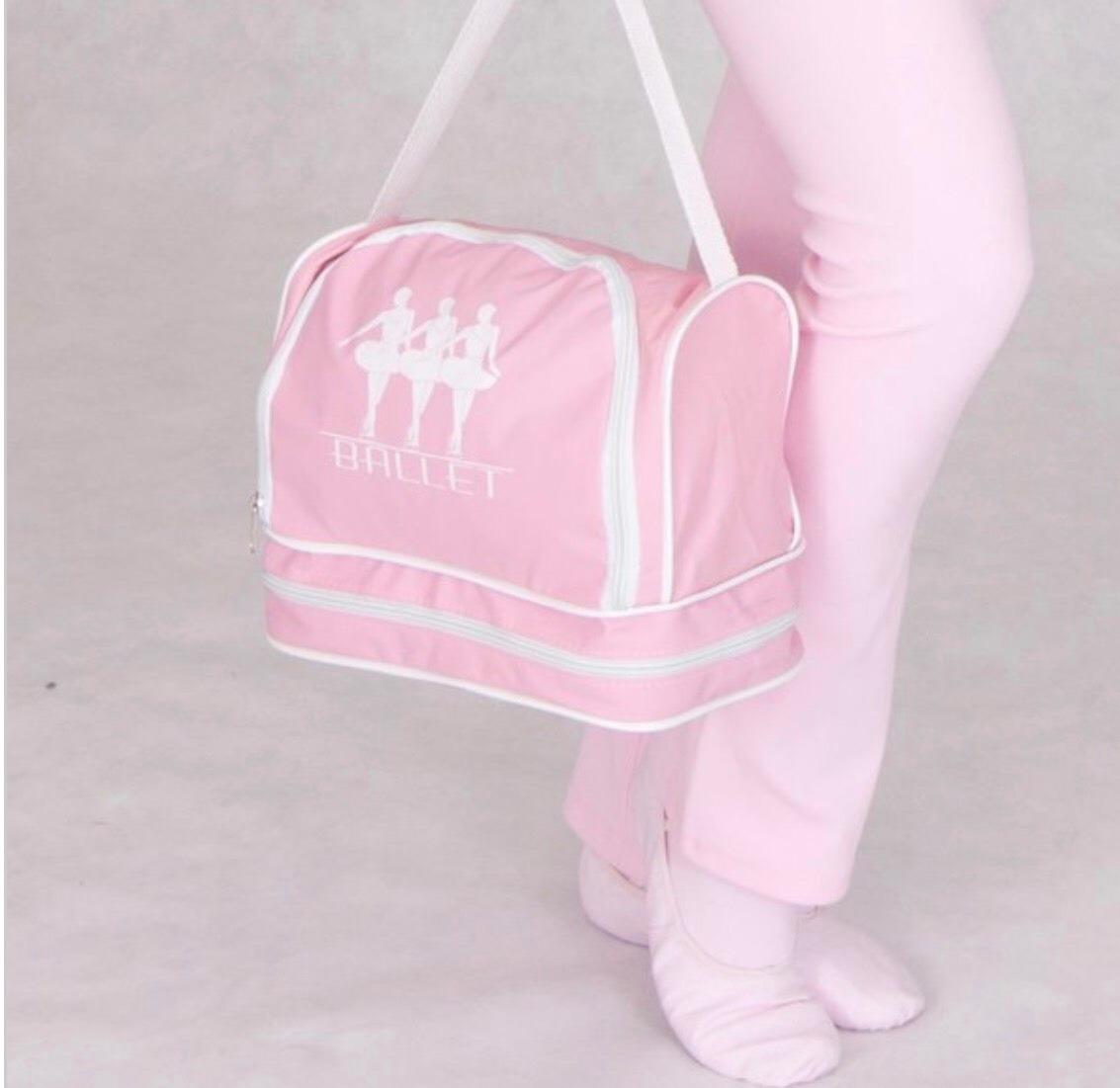 0c10814c0f bolsa ballet com divisória para sapatilha balé. Carregando zoom.