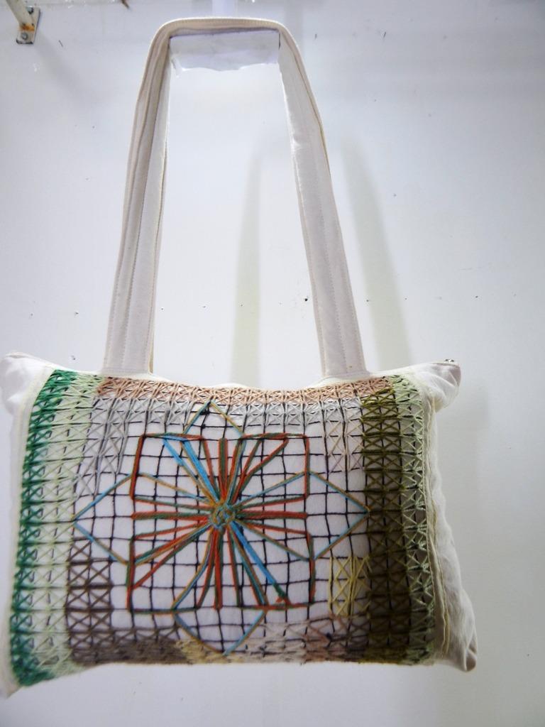 345058b88 bolsa bordado renda filé tecido moda praia artesanal 013. Carregando zoom.