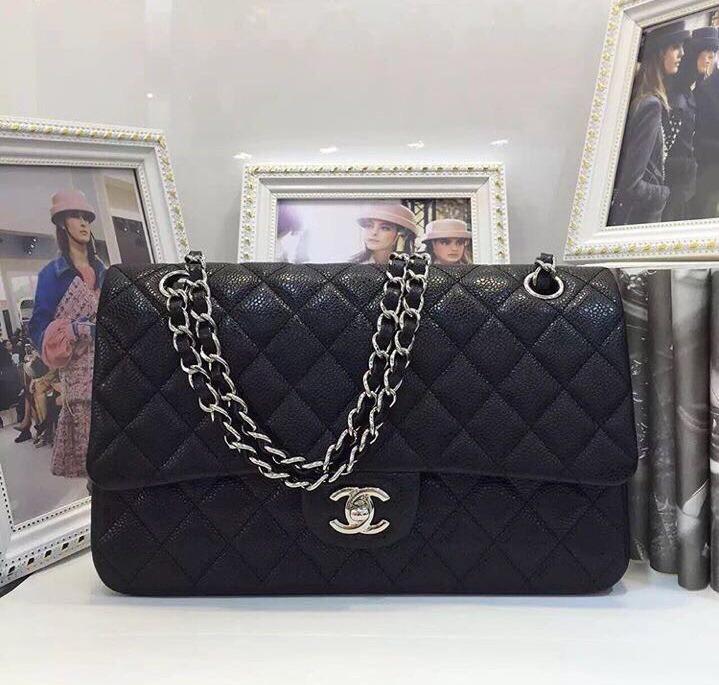 cd6fd2223 Bolsa Chanel Classic Flap Jumbo Caviar Original Na Caixa - R$ 3.500 ...