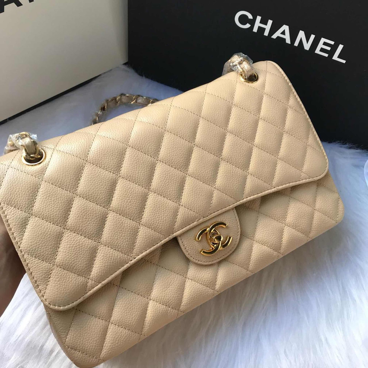 5c585f7a964 Bolsa Chanel Classic Flap Nude - Frete Gratis - R  2.199