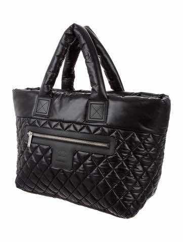 Bolsa Chanel Cocoon Preta Nylon - R  1.199 f447d35ddef