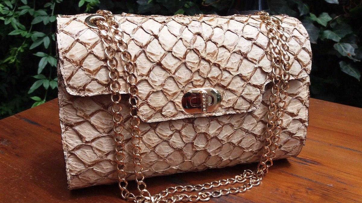 edea5eea13 bolsa clutch couro pirarucu artesanal luxo feminina. Carregando zoom.