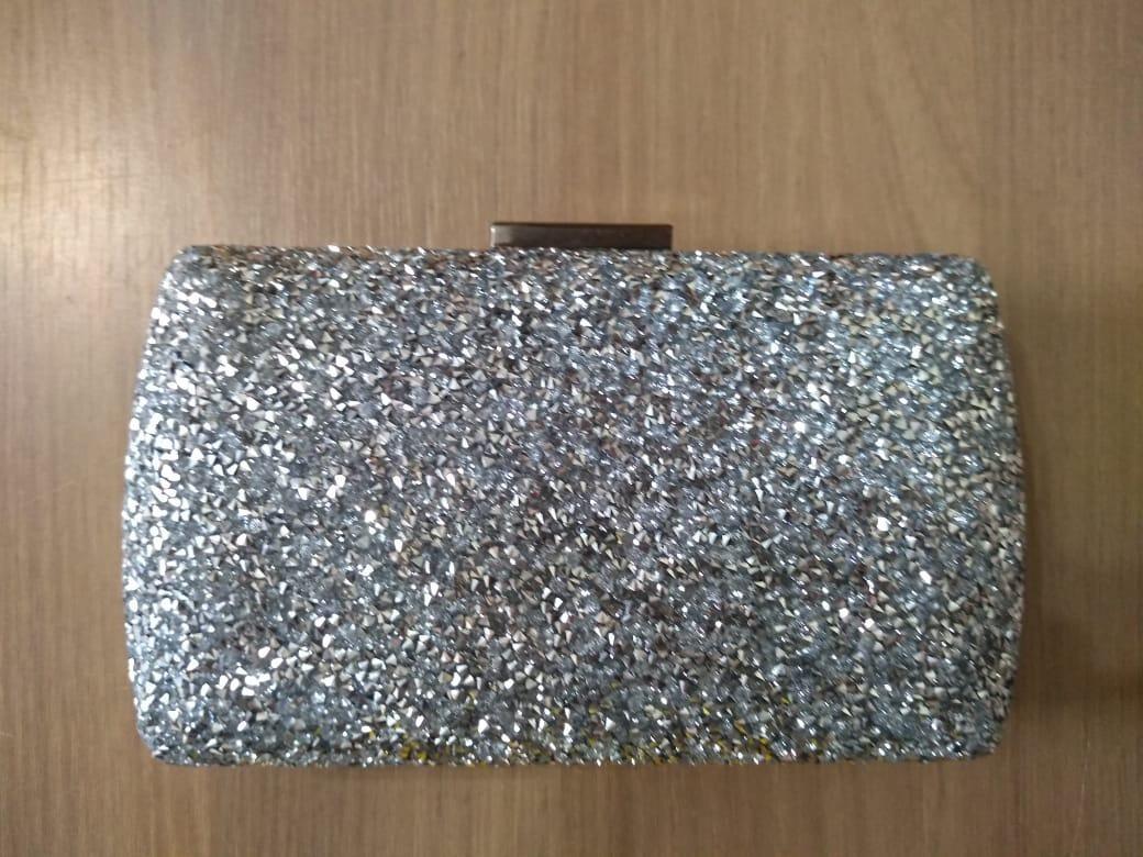 10097ba00 bolsa clutch prata dourada cristal inspired festa madrinhas. Carregando  zoom.