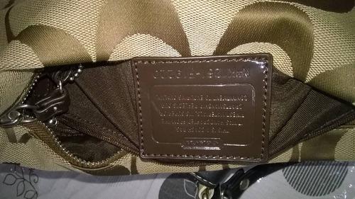 bolsa coach original seminueva color cafe claro y adornos